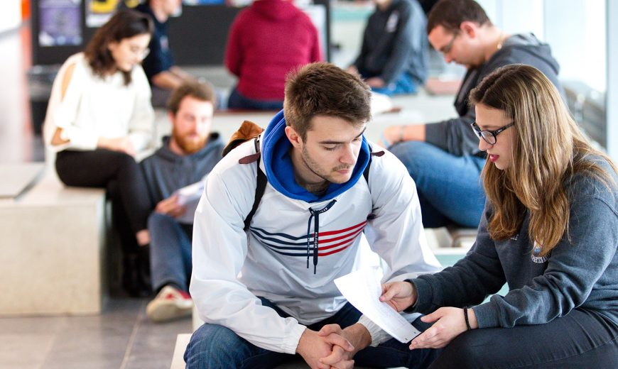 MSA Sciences et Techniques étudiants hall